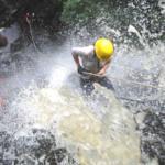 Canionismo (rapel em cachoeira) em Brotas