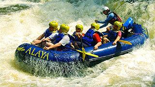 Rafting com a Alaya