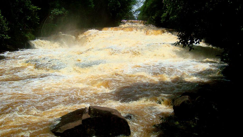 Rio Jacaré Pepira em Brotas, SP