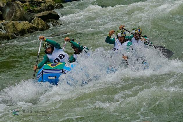 Equipe Bozo d´Água de Rafting